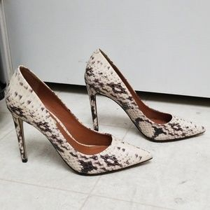 """Sexy pointy toe pumps 4"""" high heels faux snakeskin"""